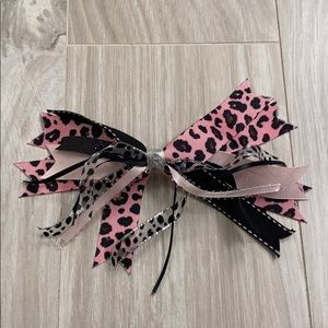 Other - ✨ NWOT Bundle of handmade bows